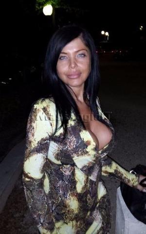Studio Professionale Ancona Serena massaggiatrice TANTRA  ANCONA