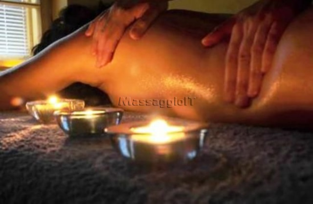 Massaggiatrici Padova NEW- FULL SEXY BODY MASSAGE NUDI CORPO A CORPO ..SUPER RAGAZZA ITALIANA