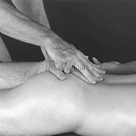 Massaggiatori Massa-Carrara bodymassage al maschile a massa