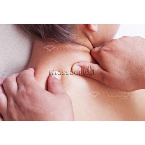 Massaggiatori Como Massaggiatore esperto per donna