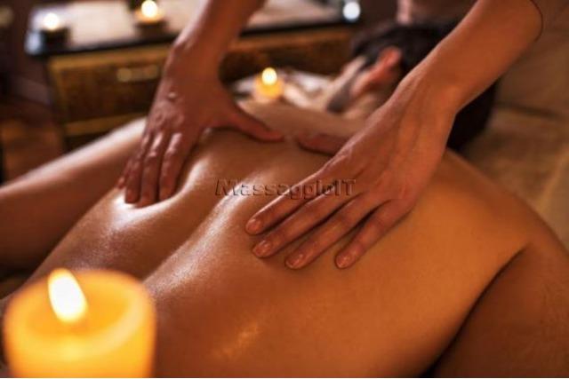 Massaggiatrici Treviso FRIZZANTI E CALDI BODY MASSAGE CON OLIO NUDI, PROSTATICO E ROMANTICI