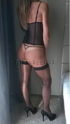 Massaggiatrici Milano MASSAGGIO SEXY HOT COMPLETISSIMO NUDI, LINGAM PROSTATICO E