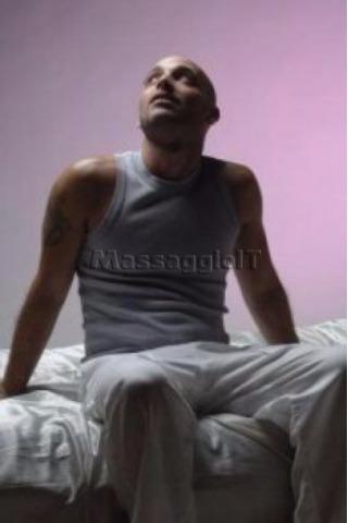 Massaggi Milano Massage tantra Milano 3484945271 male masseur Milano