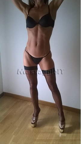 Massaggiatrici Padova BODY CONTACT MASSAGE SEXY + YOU & ME E PROSTATICO, ROMANTICI