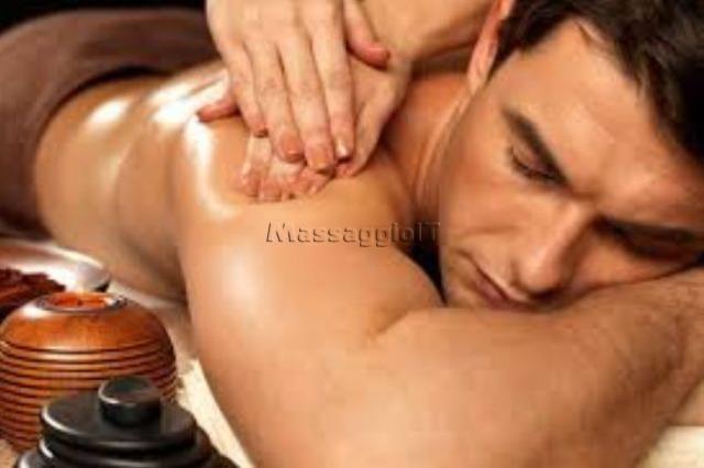 Massaggi Ravenna A CERVIA ITALIANA ESEGUE MASSAGGI CORPO SU CORPO