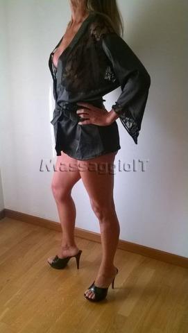 Massaggiatrici Varese MASSAGGIO SEXY HOT COMPLETISSIMO NUDI, LINGAM PROSTATICO E SPANI