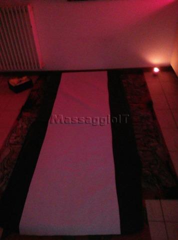 Massaggiatrici Como NEW Tantra Full Body Massage Completo Di Lingam, Prostatico..Personaliz