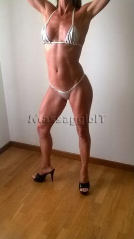 Massaggiatrici Ferrara Massaggio Corpo su corpo lungo meticoloso e avvolgente molto piacevole e salutar