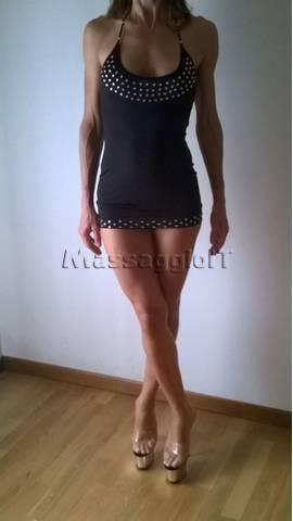 Massaggiatrici Venezia NURU E TANTRA MASSAGGIO BODY TO BODY SU FUTON, ROMANTICI E MOLTO ALTRO