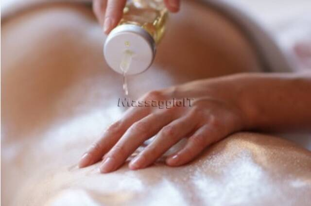 Centri Massaggi Italiani Barletta-Andria-Trani LISA NUOVA MASSAGGIATRICE BELLISSIMA