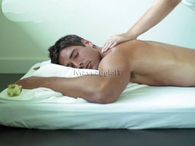 Massaggi Verona Masseur gay Verona 3713667675 http://massaggiatoregayverona.blogspot.it