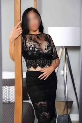 Massaggiatrici Bari Sono una dolce giovane signora,vera massaggiatrice 3427763626