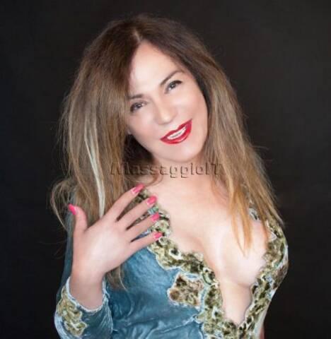 Massaggiatrici Pordenone Francesca ITALIANA ESPERTA MASSAGGIATORE, molto femminile e sensuale!